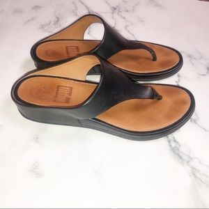 FITFLOP | Black Leather Thong Wedge Sandal 6